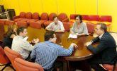 Ayuntamiento y ARGEM buscan fórmulas de ahorro energético para el municipio