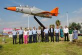 Un avión C-101 como símbolo de los vínculos entre la AGA y San Javier