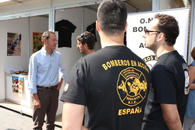 El Alcalde inaugura la feria de la solidaridad de Murcia - 2, Foto 2