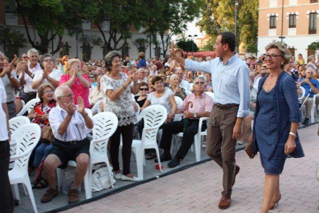 Charo Reina actúa en la Gala del Día de la Edad de Oro ante cerca de 4.000 personas de los 76 centros de mayores - 1, Foto 1