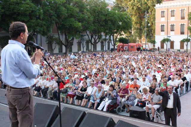 Charo Reina actúa en la Gala del Día de la Edad de Oro ante cerca de 4.000 personas de los 76 centros de mayores - 3, Foto 3