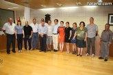 El Pleno de Totana realiza un reconocimiento institucional a los ocho alcaldes pedáneos y la junta vecinal de el Paretón