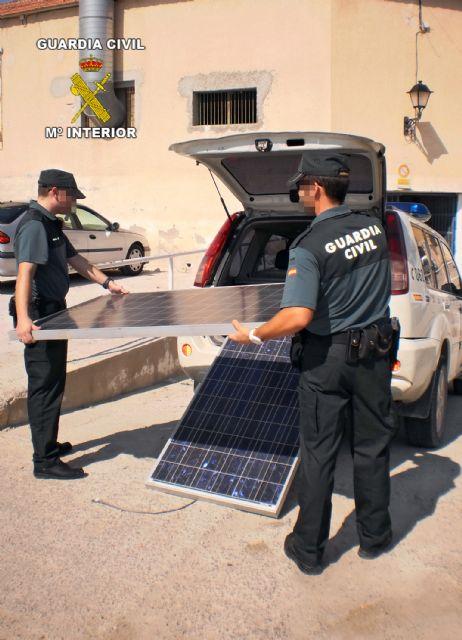 La Guardia Civil detiene in fraganti a cuatro personas mientras cometían un robo en Fortuna - 1, Foto 1