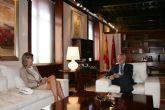La Alcaldesa abordó esta mañana con el Presidente Valcárcel, entre otros proyectos, la construcción inminente del nuevo Miguel Medina