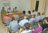 El Ayuntamiento reúne a cerca de 100 vecinos afectados por el trazado de las obras del AVE
