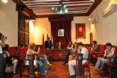 El alcalde de Mula recibe en el Ayuntamiento a una delegación integrante del Proyecto Comenius de Intercambio Escolar