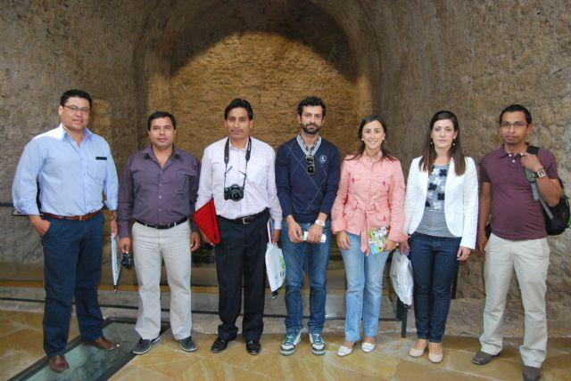 El alcalde y la concejala de Turismo reciben en el Museo Arqueológico a una delegación de alcaldes ecuatorianos y a la edil de Desarrollo de Murcia, Foto 1