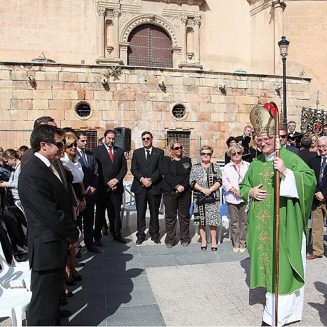 El obispo preside en Lorca la eucaristía que he tenido lugar con motivo del Encuentro de Cofradías de la Región de Murcia, Foto 1