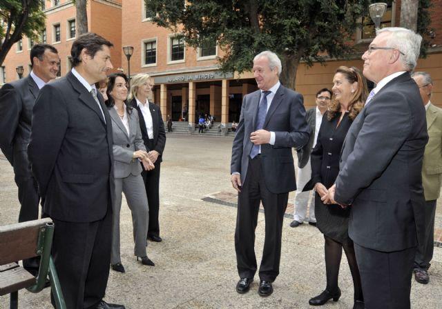 El presidente regional inaugura los actos del XX aniversario de la Facultad de Enfermería - 3, Foto 3