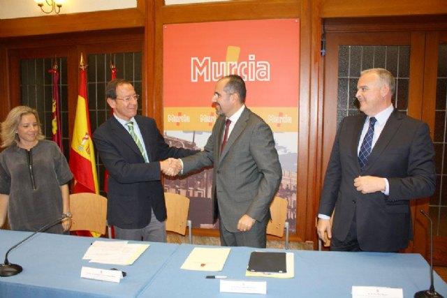 Murcia y Gas Natural sellan su alianza para implantar una movilidad sostenible y menos contaminante - 1, Foto 1