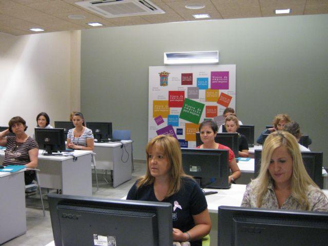El Vivero de Empresas acoge un curso de Ofimática para mujeres, Foto 1