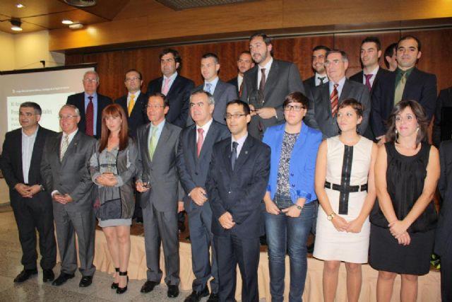 Cámara recibe el galardón concedido por el Colegio de Ciencias Políticas y Sociología - 1, Foto 1