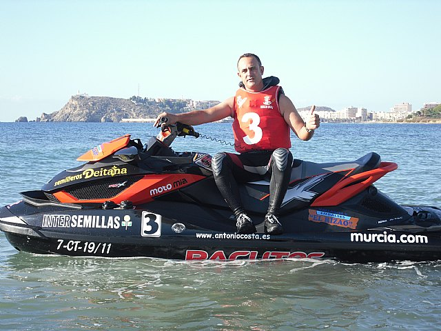 Last race of the Championship of Spain and His Majesty the King Cup 2011