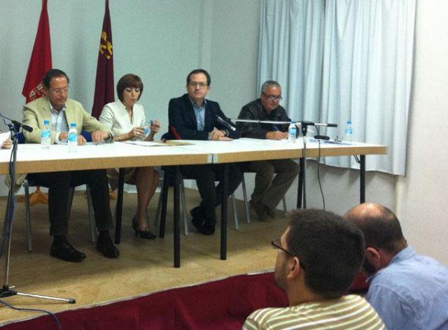 El Alcalde acompaña a Amelia García en su elección como presidenta de la Junta Municipal de Avileses - 2, Foto 2
