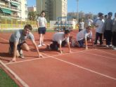 Alumnos del Sagrado Corazón corrieron con ADE en la Pista de Atletismo