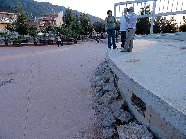 Los socialistas denuncian que el jardín Casas Nuevas es un peligro para los niños - 1, Foto 1