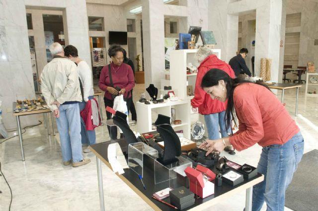 Turistas extranjeros descubren los productos artesanos de la Región - 5, Foto 5
