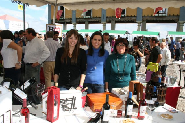 El mundo del vino conquista la Plaza del Castillo - 5, Foto 5