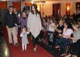 Más de 100 personas descubren la colección de moda creada por el colectivo de Mujeres Aymaras