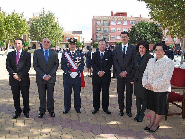 Autoridades municipales asisten al acto de jura de bandera en el marco de las II Jornadas de Caza, Turismo y Gastronomía, Foto 1