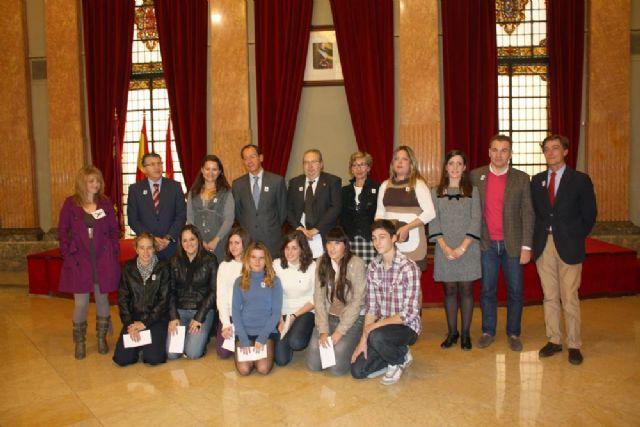 El Alcalde entrega a Radio Ecca Fundación Canaria el premio Murcia en Igualdad - 1, Foto 1