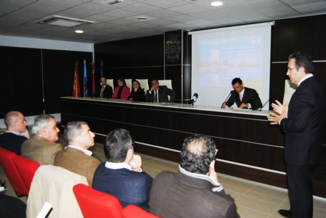 Los comerciantes de La Ribera presentan un plan para dinamizar el sector - 1, Foto 1