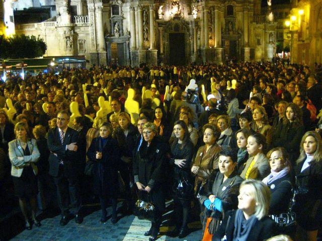 La lectura del manifiesto y la concentración ciudadana cierran los actos del Día Internacional para la Erradicación de la Violencia contra las Mujeres - 1, Foto 1