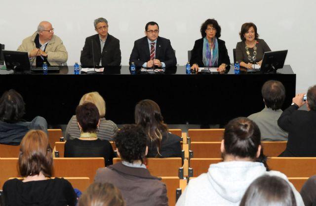 La Universidad de Murcia organiza un encuentro internacional sobre la situación de las mujeres en prisión - 1, Foto 1