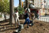 Los alumnos de El Apeadero devuelven a la Plaza del Lago su diseño original