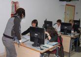 Curso de gestión de salarios y seguros sociales para desempleados en Las Torres de Cotillas