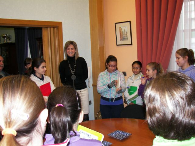 Alumnos de los colegios públicos del municipio visitan las dependencias munipales - 1, Foto 1