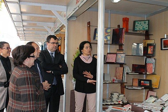 La Muestra Comercial y Artesana da inicio oficial a la actividad navideña en Murcia - 1, Foto 1