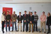 El alcalde de Alhama de Murcia mantiene una reuni�n de trabajo con la Asociaci�n de J�venes Empresarios del Guadalent�n