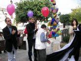 La inauguración de una escultura y la suelta de centenares de globos en plaza 1° de mayo han centrado los actos de clausura