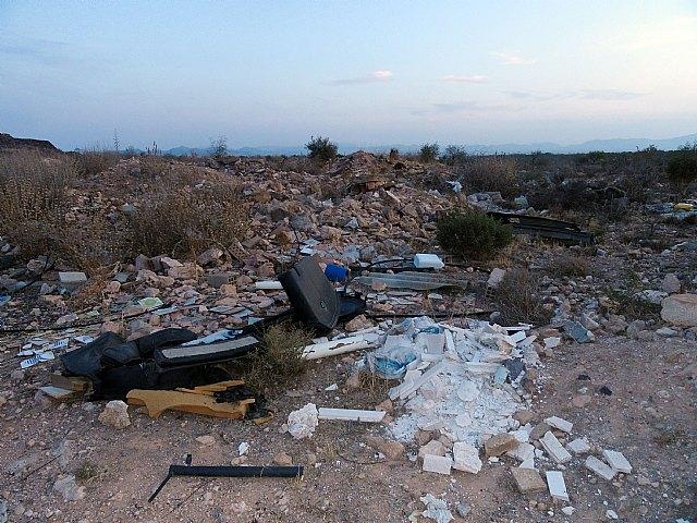 El Grupo Socialista exige la limpieza y el acondicionamiento del Cabecico del Rey, en Valladolises - 1, Foto 1