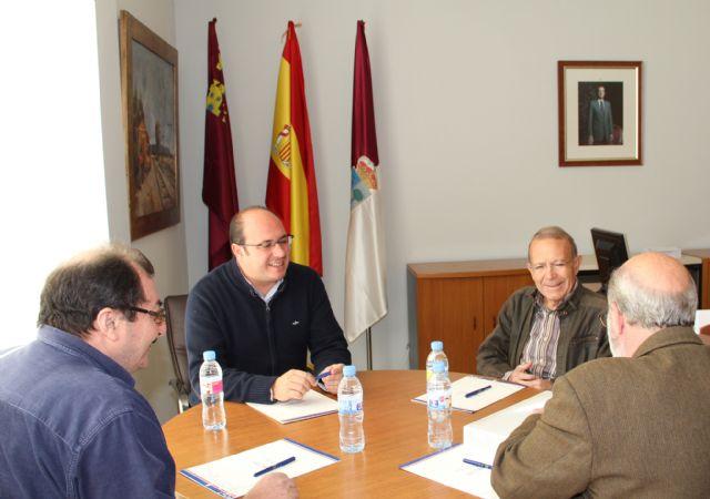 El Alcalde de Puerto Lumbreras recibe al Delegado en  Murcia de la Asociación de Víctimas del Terrorismo - 1, Foto 1