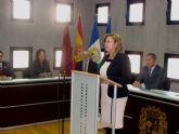 La alcaldesa apela a la unidad en torno a la Constitución, guía y referencia para afrontar la crisis