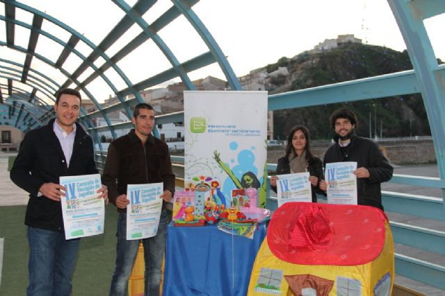 NNGG del PP de Puerto Lumbreras ponen en marcha la IV Campaña 'Regala una ilusión, dona un juguete' - 1, Foto 1