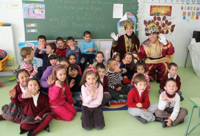 El Cartero Real llegó hasta los centros educativos de la localidad - 1, Foto 1