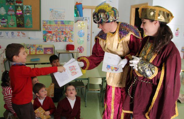 El Cartero Real llegó hasta los centros educativos de la localidad - 3, Foto 3