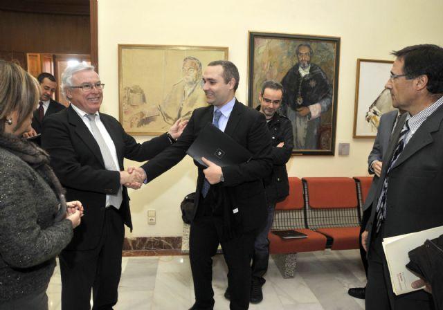 La Universidad de Murcia establece un acuerdo para fomentar el espíritu emprendedor entre los alumnos - 2, Foto 2