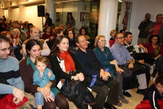 El Alcalde acude a su cita de Navidad con las asociaciones y vecinos del Barrio del Carmen - 2, Foto 2