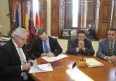 La Universidad de Murcia establece un acuerdo para fomentar el espíritu emprendedor entre los alumnos