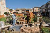 La plaza de España acoge el Belén de San Javier, uno de los más grandes de Europa con más de 500 metros cuadrados