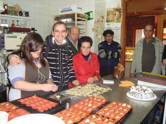 Los Usuarios del Servicio de Apoyo Psicosocial conocen cómo se llevan a cabo los dulces navideños, Foto 2