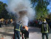 Los alumnos del IES Prado Mayor participan en un simulacro de incendio llevado a cabo por Protección Civil y bomberos del parque Totana-Alhama