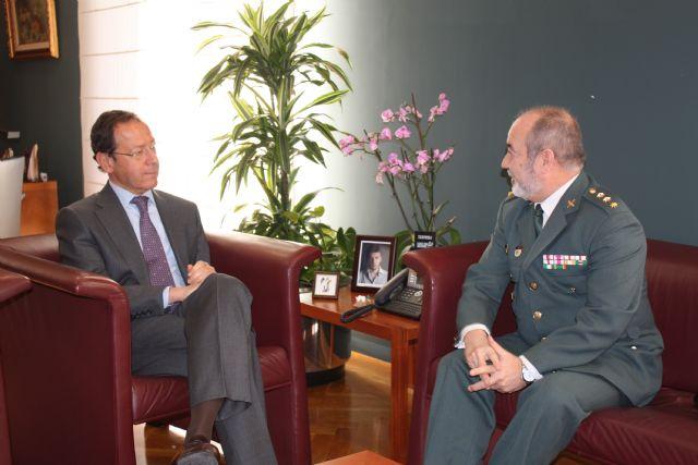 Cámara recibe al coronel jefe de la Guardia Civil Ortega Rodríguez - 2, Foto 2