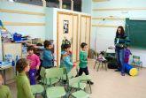 Los niños torreños lo pasan en grande en la Escuela de Navidad