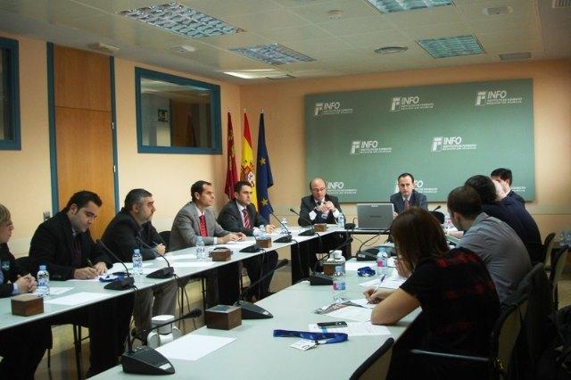 El Info se reúne con las siete agrupaciones empresariales innovadoras de la Región para decidir estrategias conjuntas - 1, Foto 1