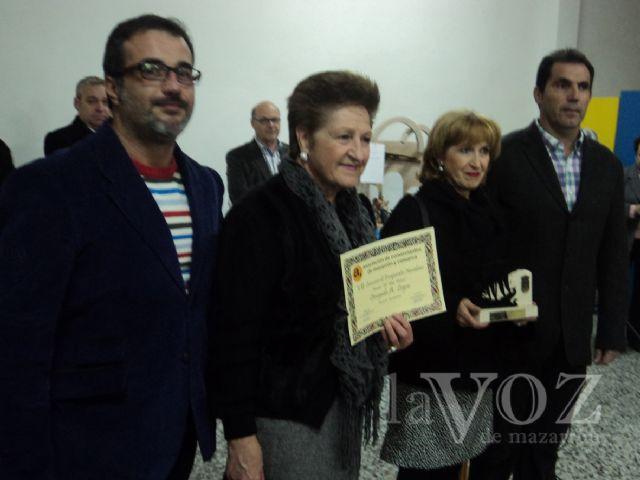 Entregados los premios de los concursos de escaparates navideños y Belenes - 1, Foto 1